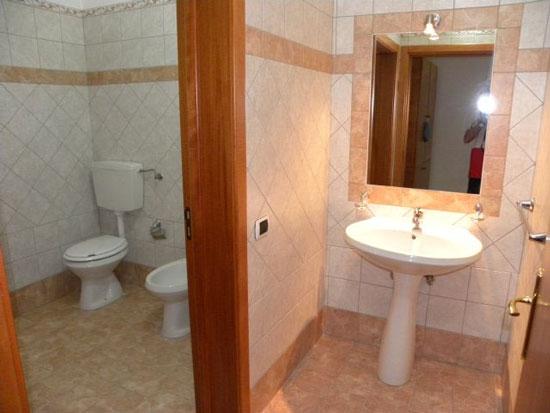Residence lupiae lecce - Bagno e antibagno ...